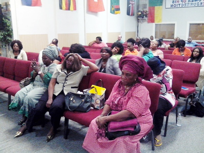 Cross section of church members. Photo: James Fasusekoi /The AfricaPaper