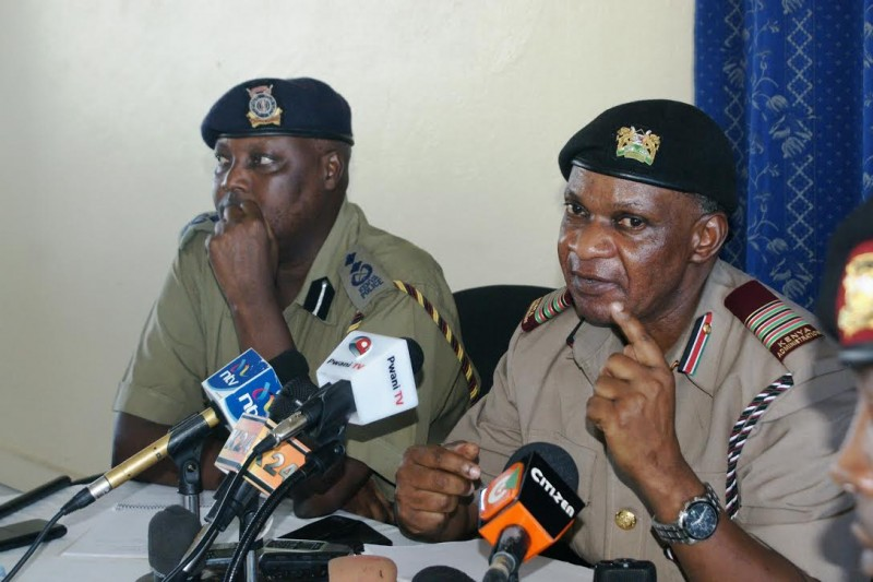 Mombasa county commissioner Nelson Marwa (right) and Mombasa county police commander address the press. The two security chiefs have declared the war on drug trafficking in the port city. Photo: The AfricaPaper/Harrison Mbungu.
