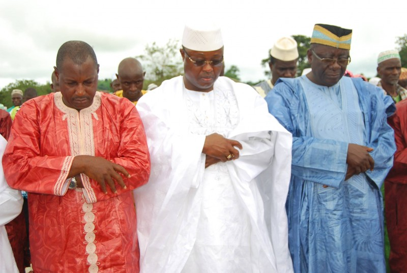 VP Sumana (center) Expelled from APC