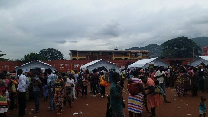 Flood Victims. Photo: Abubakarr Kamara/The AfricaPaper. (c) Freetown, 2015