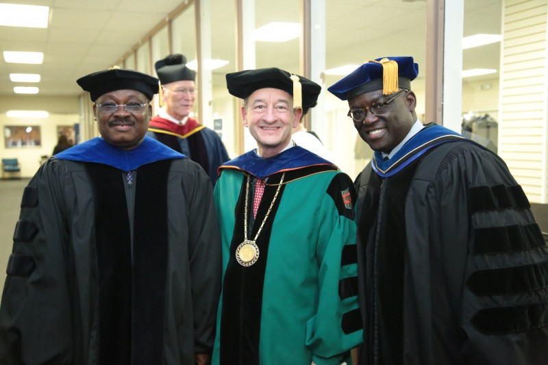 From left, Gov. Ajimobi, Washington University Chancellor Wrighton, andDr. Benjamin O. Akande. Photo Filed- TAP