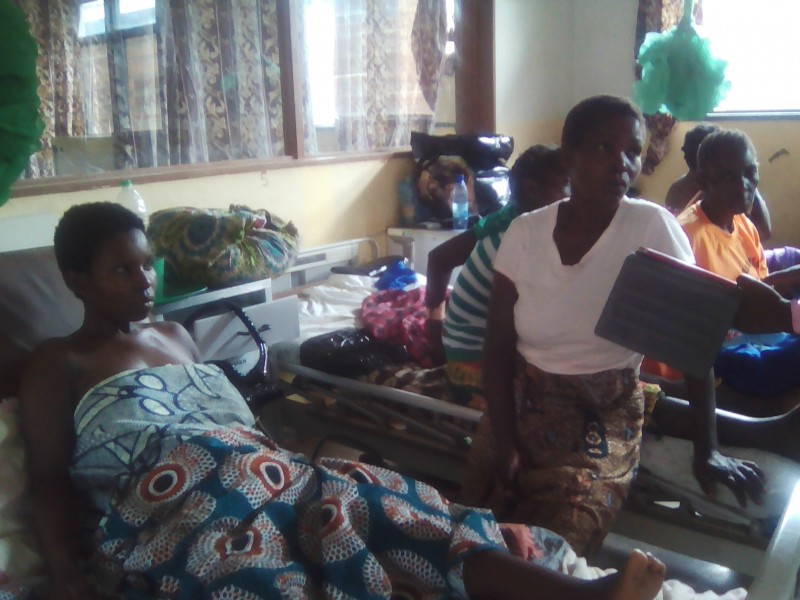 A woman just delivered at Rumphi hospital , starving due to food shortage. Photo: The AfricaPaper/Henry Kijimwana Mhango