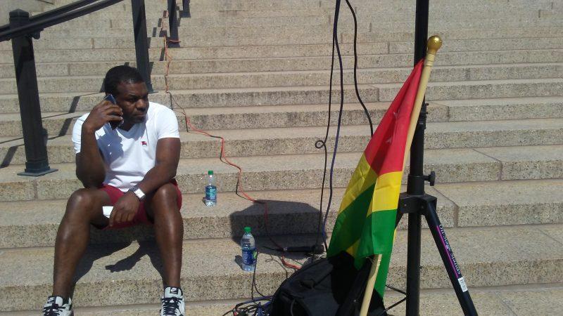In Protest. Photo: The AfricaPaper/James K. Fasuekoi