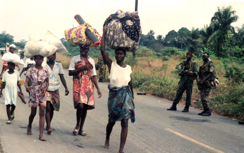 Civilians heading to Monrovia after fleeing NPFL-ULIMO gun battle in Tubmanburg in August 1992. Photo: (c) James Fasuekoi/The AfricaPaper