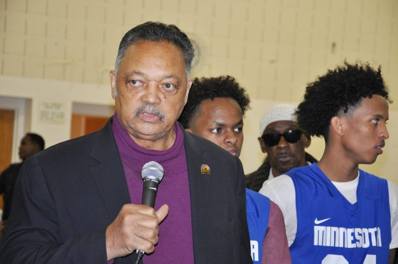 Rev. Jesse Jackson speaking to the East African youths. Photo: Issa Mansaray/The AfricaPaper