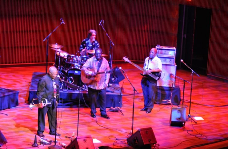 Hugh Masekela (L) at the Ordway Center, MN, USA. Photo: Alice Mansaray/The AfricaPaper